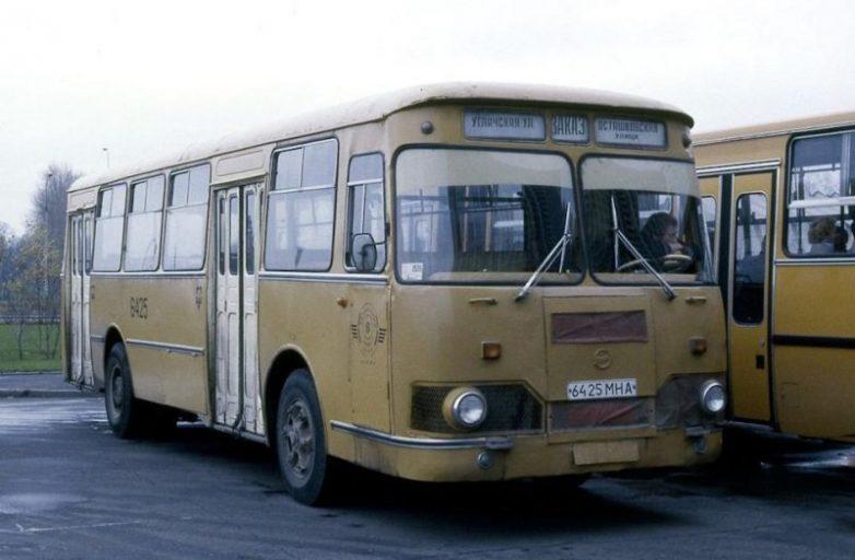 Они возили нас по дорогам СССР...