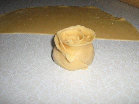 Фото как сделать манты розочкой