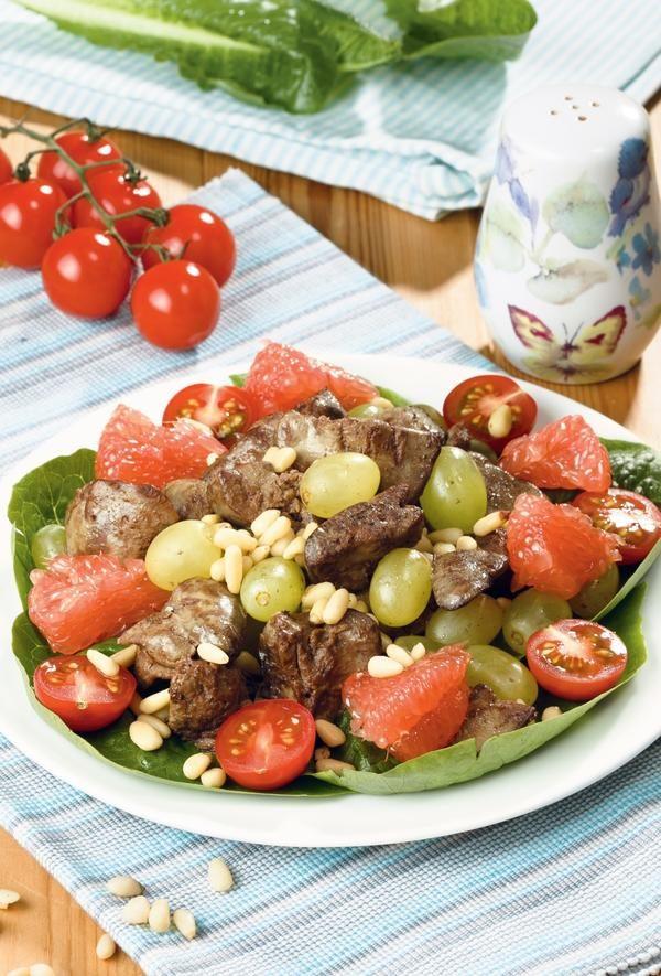 Салат из куриной грудки и винограда новые фото