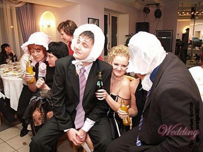 Прикольные конкурсы на свадьбе дома
