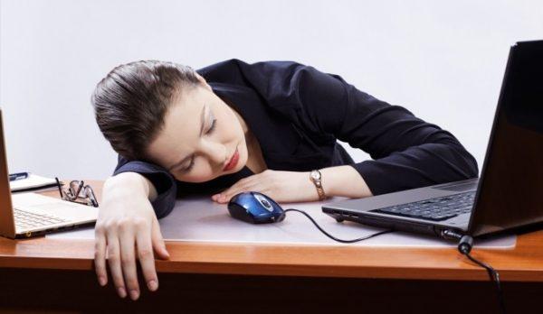 Что делать если засыпаешь сидя