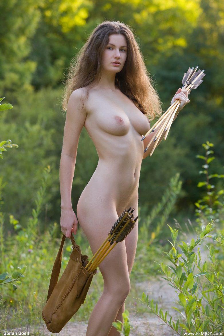 golie-krasivie-amazonki