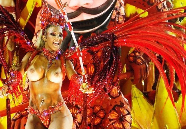 Смотреть голый бразильский карнавал