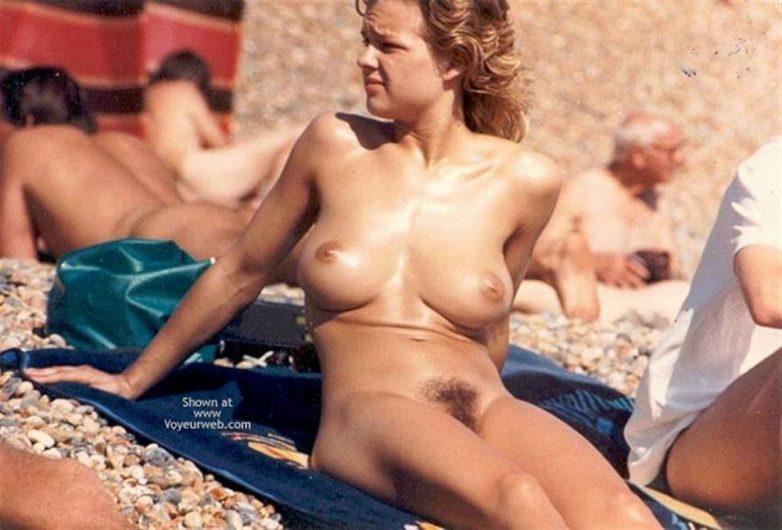 foto-na-otdihe-golih-znamenitostey