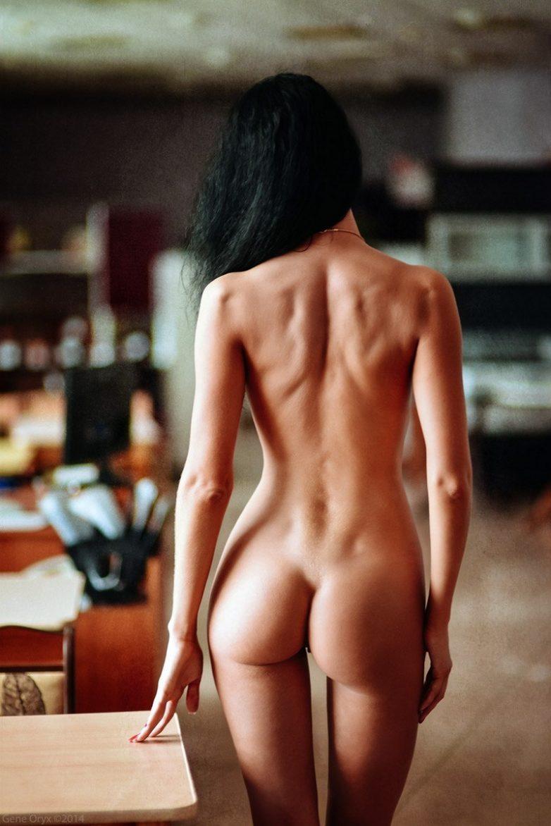 Эротические фотографии русских женщин со спины