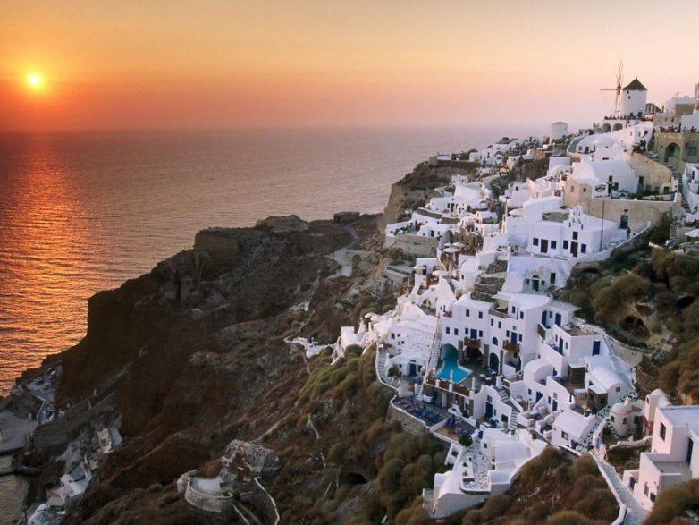 Неприступные и живописные города, возведённые на скалах