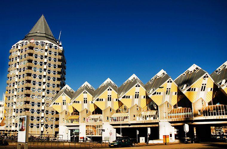 Норка хоббита, дом-лайнер и драугие самые удивительные жилища со всего мира