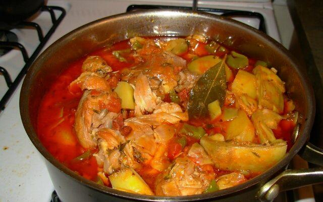 Как потушить овощи в духовке