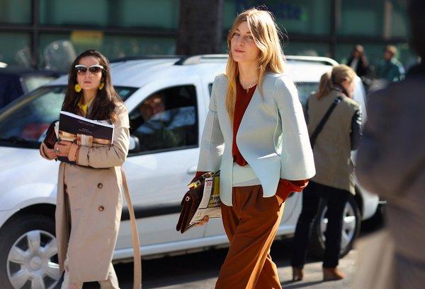 5 идей, как быть в офисе самой яркой и модной