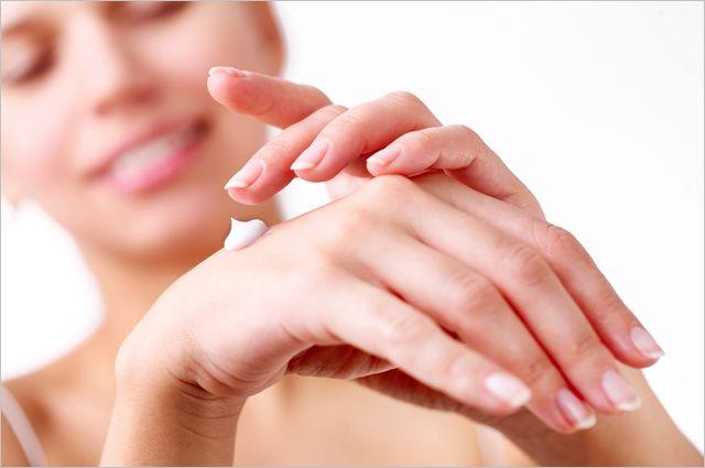 Как уберечь руки от морщин и пигментных пятен