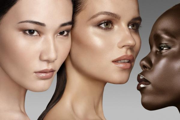 Как добиться сияющей кожи без применения хайлайтера