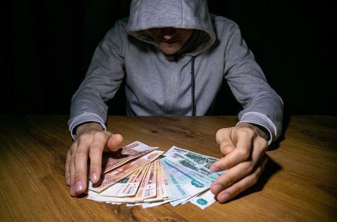 Рухнула финансовая пирамида Finiko, собравшая с людей миллиарды рублей