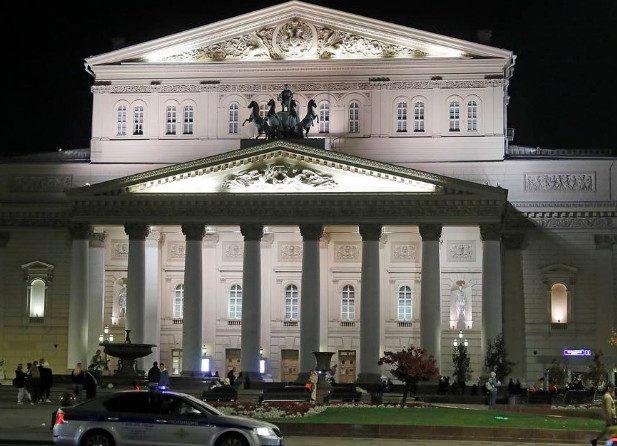 Артиста Большого театра насмерть придавило декорацией во время спектакля