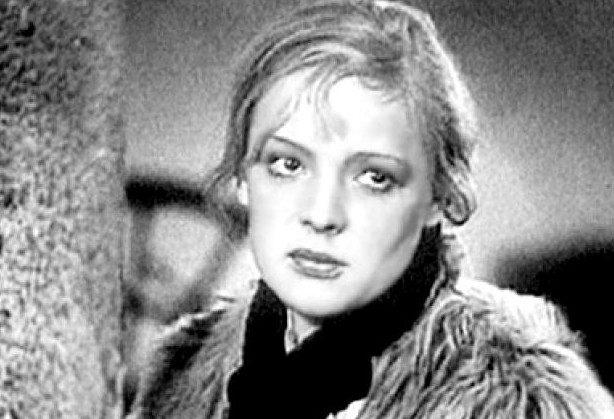 Валютные махинации, кража, шпионаж: за что сидели звезды советского кино?