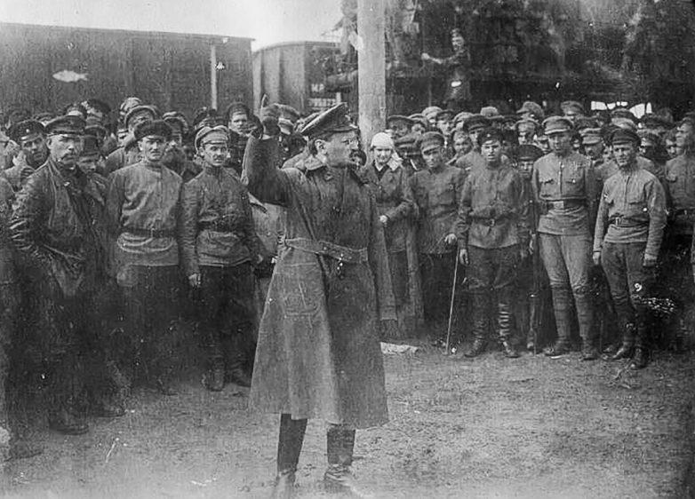 Что стало с курсантом, который ударил Сталина