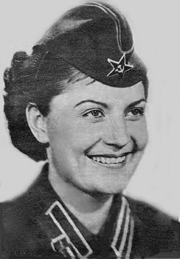 7 советских актрис, прошедших путь от «кинокамер до камер тюремных»