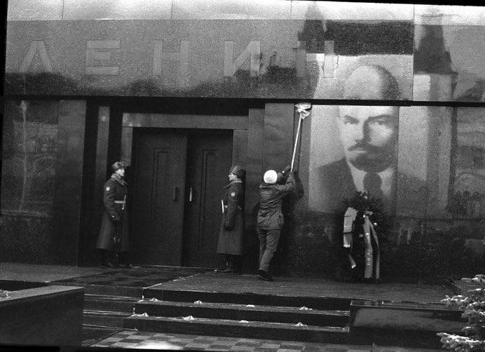 20 кадров из советской России, какой одни её не видели, а другие уже могут и не вспомнить