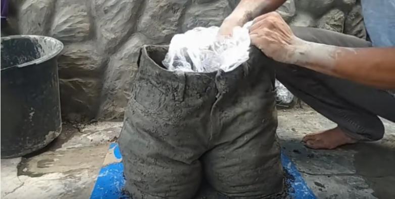 Интересная идея использования старых штанов