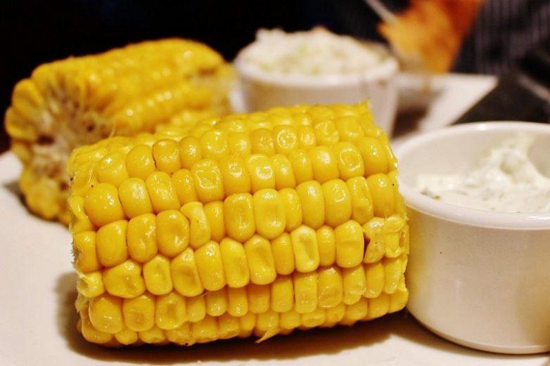 Как приготовить кукурузы, если вареная надоела