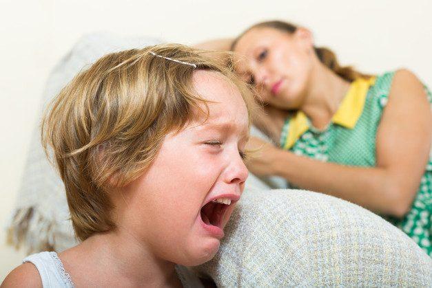 10 ошибок воспитания, из-за которых дети становятся истеричными