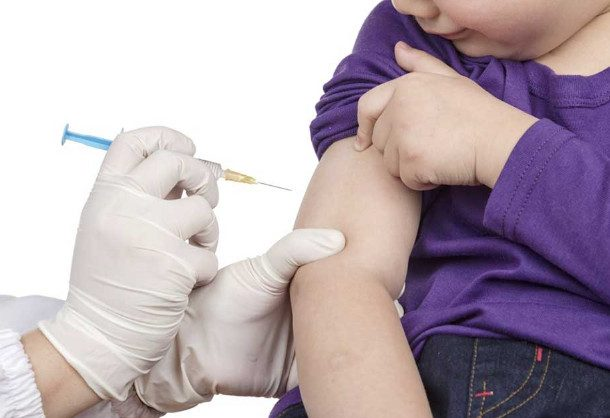 Обязательно ли делать ребёнку прививку от гриппа?