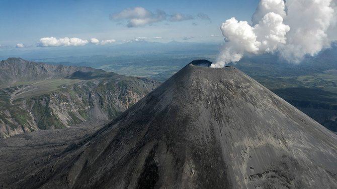 Примеры извержения вулканов в россии