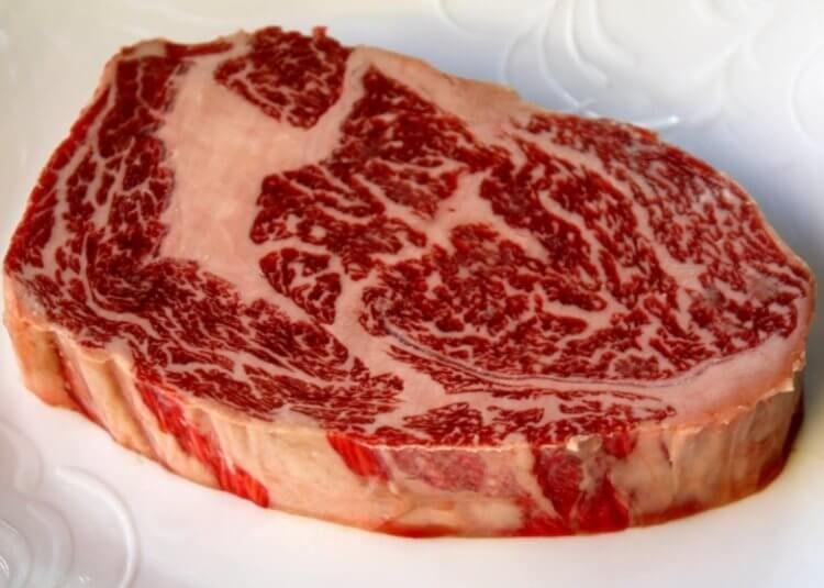 В Японии напечатали шмат мраморной говядины