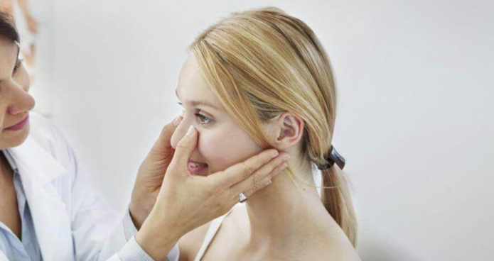 Симптомы, диагностика и лечение ринита