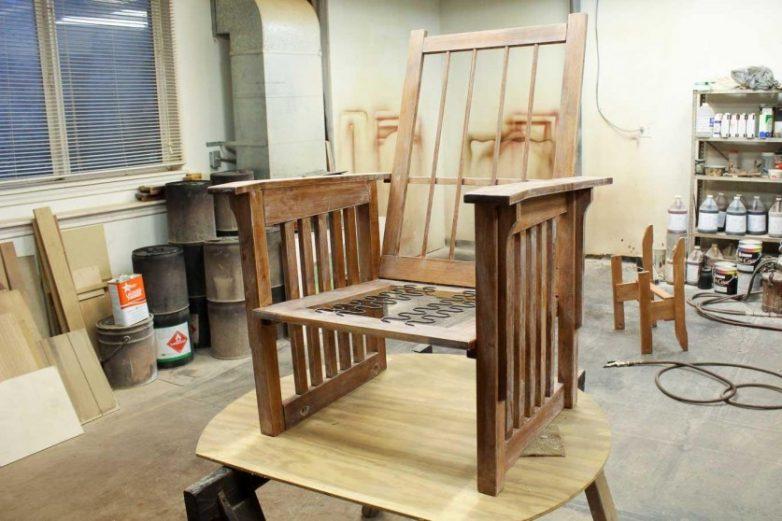 Как преобразить старое кресло?