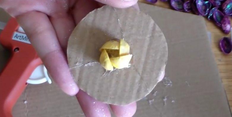 Оригинальные магниты из фисташковой скорлупы своими руками