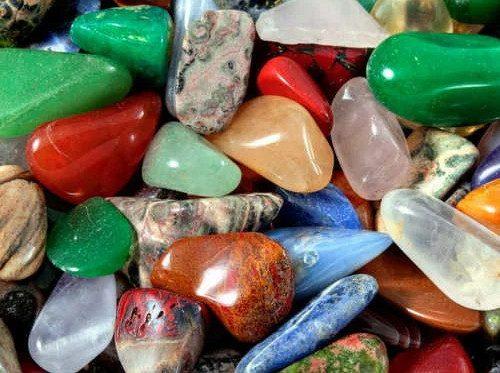 Камни-талисманы для привлечения любви, богатства и удачи