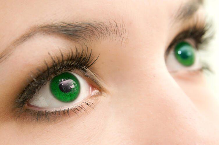 В чём отличительная особенность обладателей зеленых глаз?
