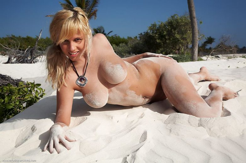 Blonde Tits Outdoor Sand Beach Boobs Landing Property Sex 1