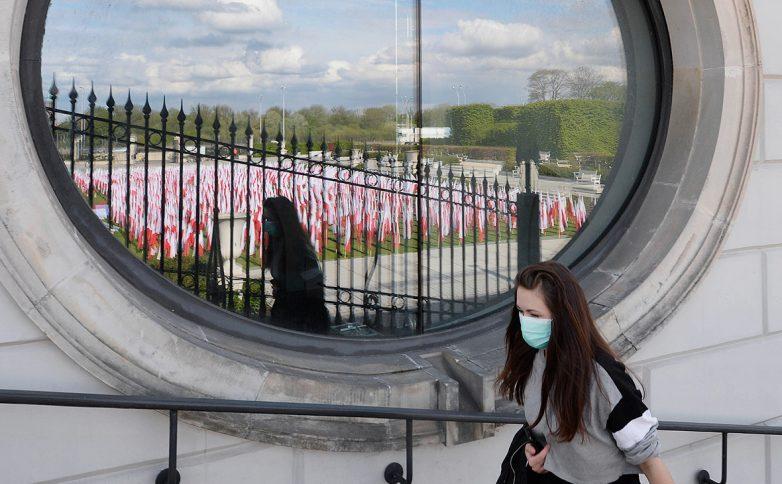 Польша собирается разработать новые меры против COVID