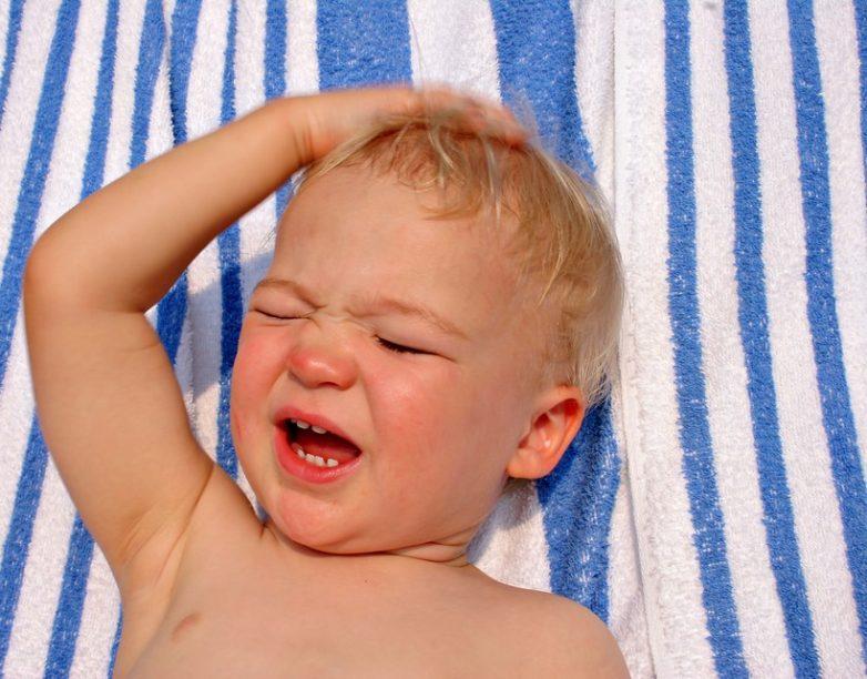 Симптомы указывающие на тепловой удар у детей?