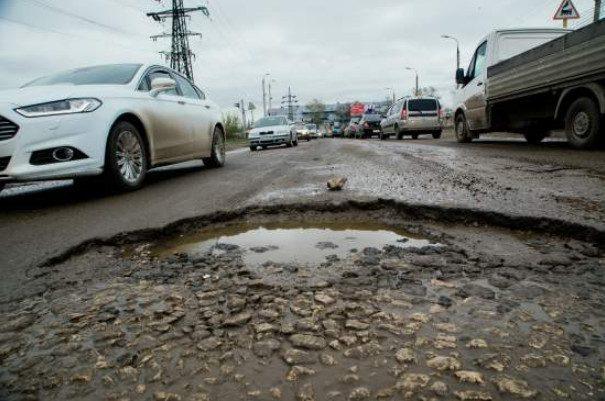 Могут ли вас лишить прав или оштрафовать за объезд разбитых участков дорог по обочине или по встречке?