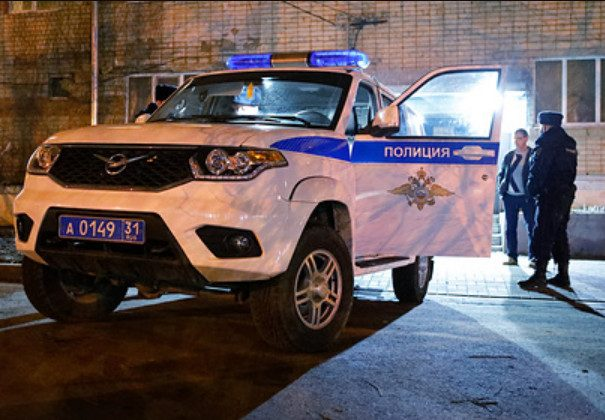 Жители Петербурга пришли поздравить 99-летнего ветерана с 9 Мая и ограбили его