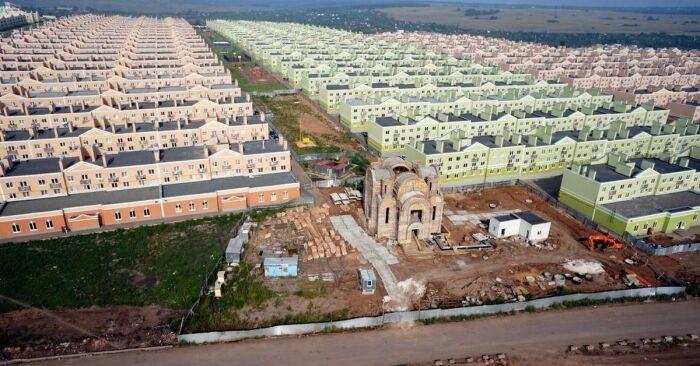 Страшный сон урбаниста стал явью: как выглядит, возможно, самый странный район Самары