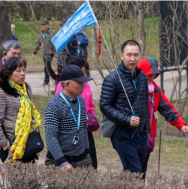 Турист из Китая назвал свою любимую уличную еду в России