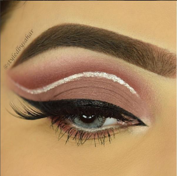 Идеи макияжа глаз для милых дам