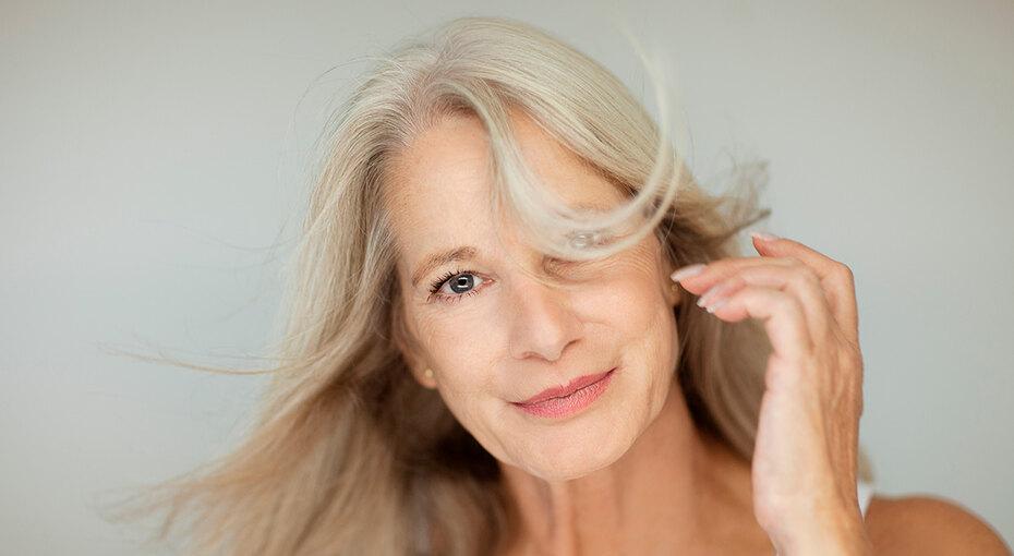 Привычки в уходе за волосами, с которыми лучше расстаться после 40 лет