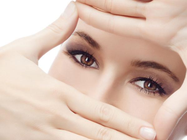 Секреты правильного ухода за кожей вокруг глаза