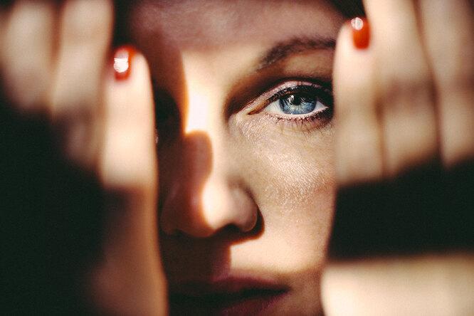 Почему появляются тёмные круги под глазами