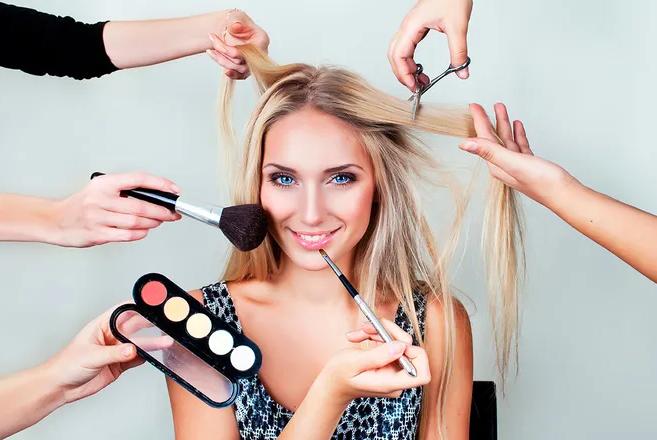 Лайфхаки для идеального макияжа, о которых знают только визажисты